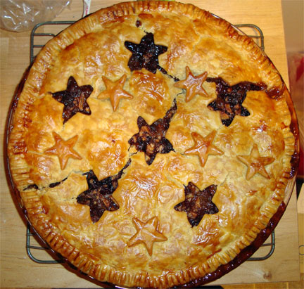 Recipe: Not-Mincemeat Pie (Spicy Apple & Dried Fruit Pie)